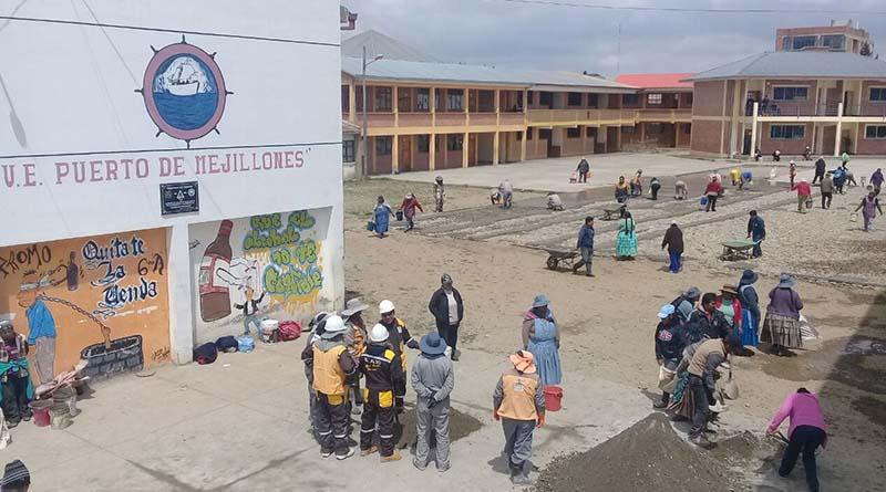 Se invirtió 15.000 bolivianos en la compra del material para el colegio del Distrito 1