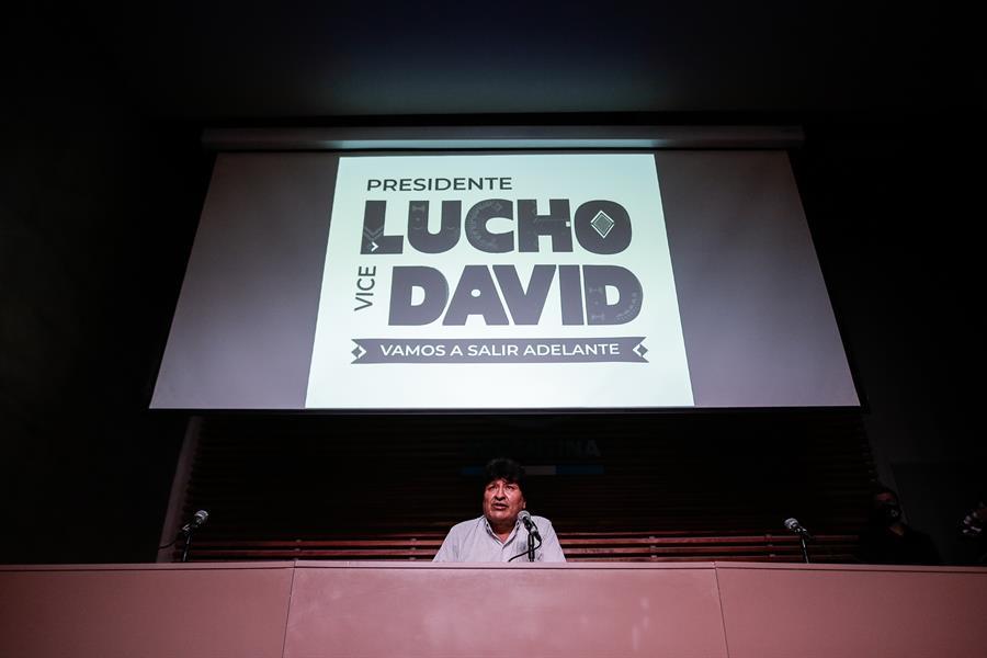 El jefe político de Arce y Choquehuanca es Evo Morales quien se apresta a volver de Argentina / EFE